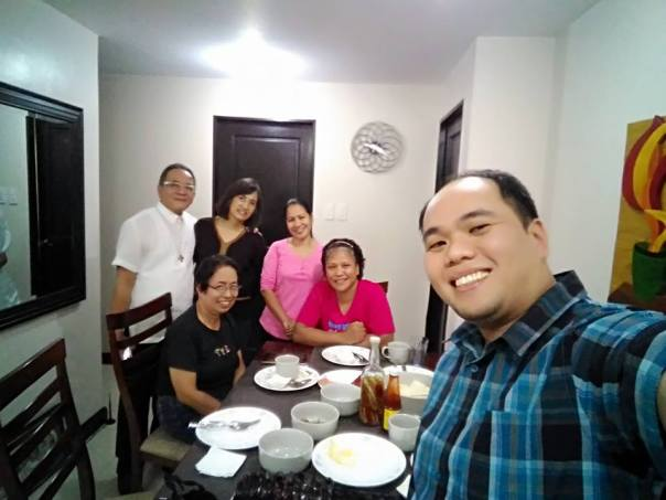 We had breakfast together at the condo and Apol (the one in red) prepared  it for us.  she is still under medication but she looks okay now.